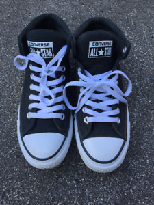 Used Once Converse Men's Chuck Taylor Street Shoes M7.5/W9.5