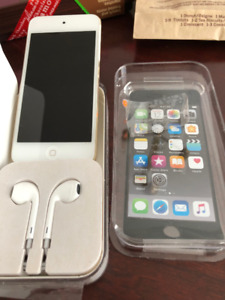 Apple iPod Touch 6th generation 32gb Gold Immaculate.