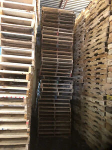 """Wooden pallets 40""""x48"""" for sale."""