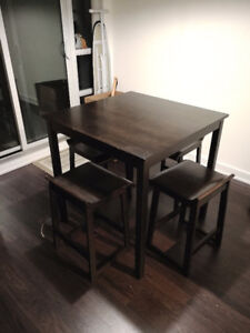 Bar Height Table And 4 Chairs 200 In Etobicoke