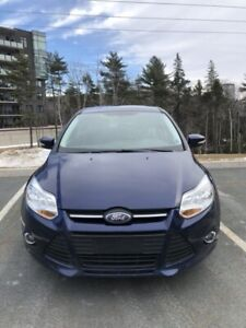 2012 Ford Focus SE for sale. 87000km ! Great price!