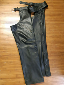 Harley Davidson Mens Black - large. Leather Chaps