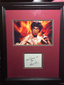 Rare BRUCE LEE Genuine Signed Tent Card Authenticated Frame