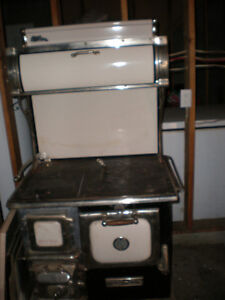 Wood Stove Buy Amp Sell Items Tickets Or Tech In Nanaimo