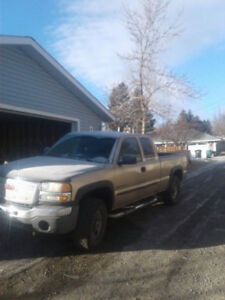 2005 GMC Sierra 2500 Pickup Truck **REDUCED FOR QUICK SALE**