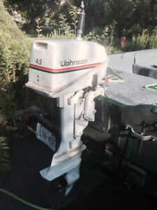 4.5 HP Johnson 2 stroke gas boat motor - Clean and No Problem