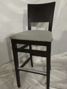 Comfortable bar chairs with backrest