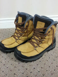 Timberland Boots, size 9 - excellent condition