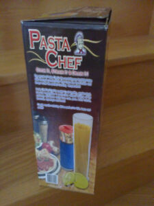 Brand new in box Pasta Chef Set Set of 3 Cook it strain it London Ontario image 3
