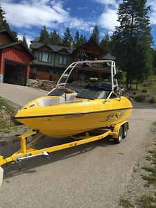 2005 Reinell Boat for sale
