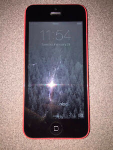 iPhone 5C - Mint Condition - 16GB - Rogers/Char-r - Pink