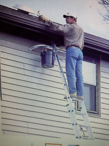 24 ft Extension Ladder with Stablizer