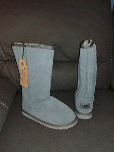 UGG Classic TALL boots Grey woman size 6 BRAND NEW NEUF 33% off!