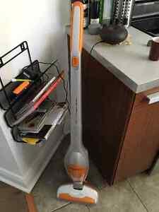 cordless vacuum / aspirateur sans fil