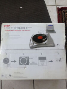 Ion Turntable with USB feature *Brand new
