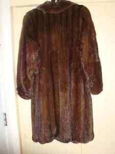 Manteau de vison, brun pâle Gatineau Ottawa / Gatineau Area image 3