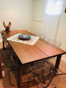 Dining Table- 8 Chair Set 900$