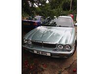 Jaguar 3.2 LPG/ petrol executive 2002