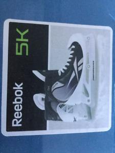 REEBOK 5K JR GOALIE SKATES - 5.5. D