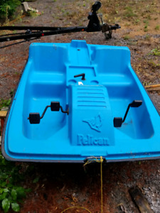 Paddle boat $350.00 delivery  available