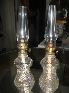GORGEOUS OLD VINTAGE MATCHING Pr. MINIATURE OIL LAMPS