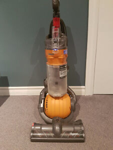 Dyson DC24 With Home Cleaning Kit