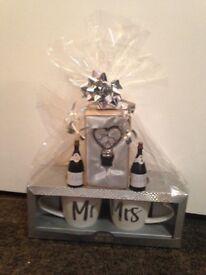Newly wed Mr & Mrs gift set (Brand new)