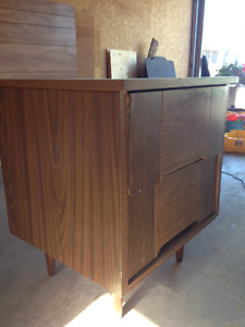Wooden night table in a good condition. other furniture