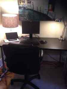 Office Desk for Sale - almost new Ikea