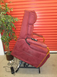 Pride Electric Lift Chair / Recliner