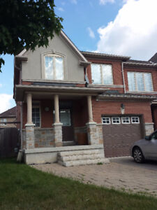 $2100 / 3 Bdrm Townhouse for Rent Thornhill Woods. Dufferin/Hwy7