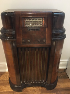 Antique Philco 40 Series Console RADIO 1939-1940 Pre-WWII
