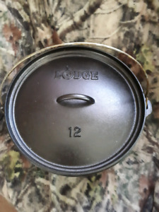 Cast Iron Camp Dutch Oven