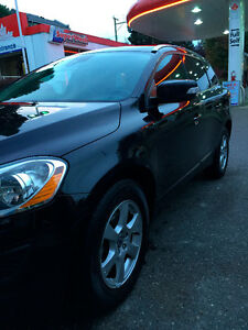 2011 Volvo XC60, SUV, Crossover - No Accidents- Great on Gas