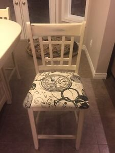 Refinished pub style Table and Chairs  Kitchener / Waterloo Kitchener Area image 2