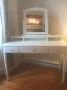 BRAND NEW IKEA Luxorious Dressing Table (White)