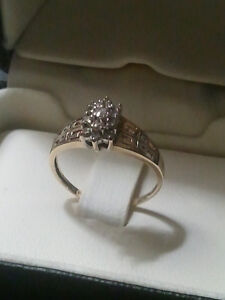 10k gold cluster diamond ring 13 diamonds