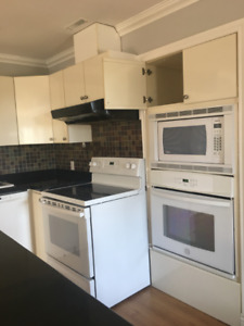 7 appliances-3 Granite C.Top,Toilet Only for $3000