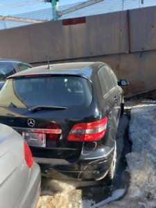 MERCEDES B200 2008 FOR PARTS ONLY POUR PIECE