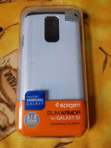 New Spigen Slim Armor Shimmery White Samsung S5 case,sealed