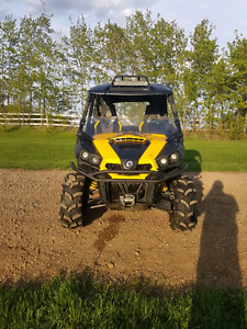 2012 Can Am Commander 1000x full load
