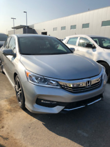 2017 ACCORD SPORT ONLY 14,000KM!! SUNROOF, BLUETOOTH, HEAT SEATS