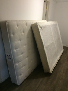 Double mattress and boxspring.