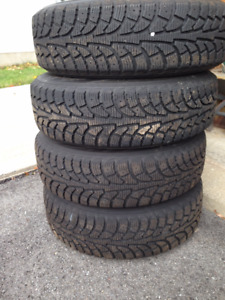 Hankook snow tires with rims