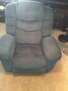 Couch covers buy and sell furniture in edmonton kijiji classifieds - Massage chairs edmonton ...