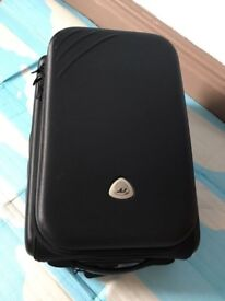 Cabin size quality light weight 2 expandable suitcases and 2 sports bags, take all 4 for only £45