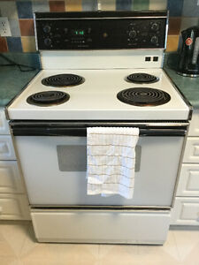 FREE: GE Stove - Everything works need it gone before Wed