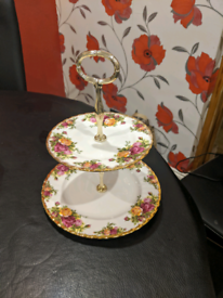Royal Albert, old country roses two tier cake stand