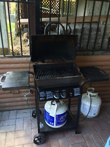 BBQ WITH FULL TANK - NEED GONE ASAP