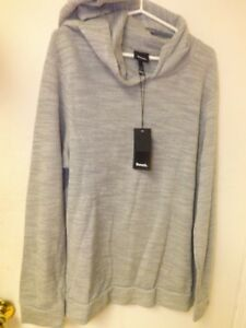 Brandnew with tags Bench Pullover